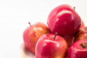 美味しそうなりんごの画像